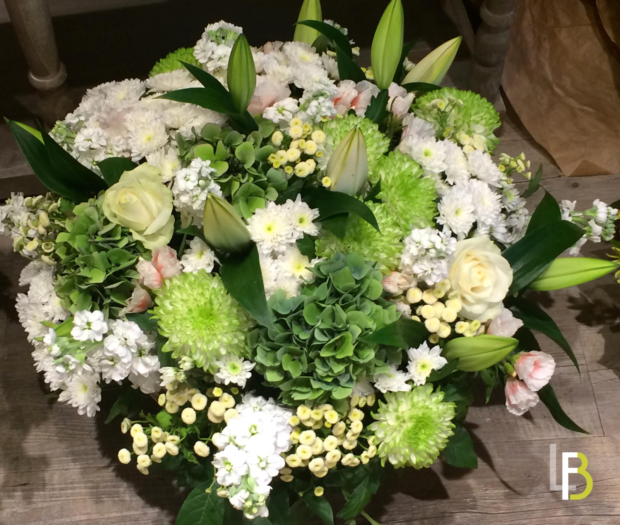 Très Deuil couronne gerbe de fleurs| LaurentB FLEURISTE à Arcueil SG58